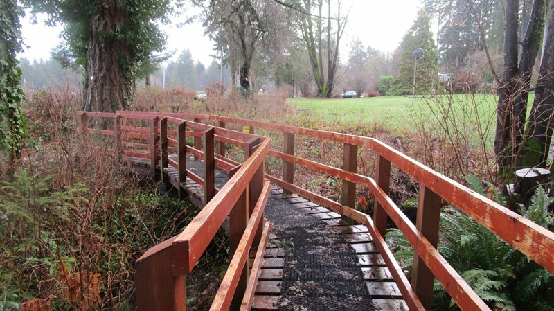 First bridge along the walk